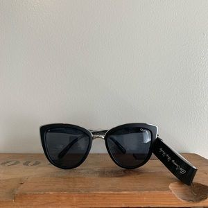 "Quay ""My Girl"" woman's sunglasses"